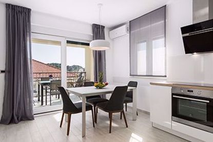 Picture of Deluxe apartment with two bedrooms, terrace with sea view